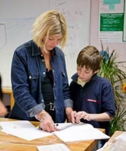 Как должен действовать педагог, если ученик категорически не согласен с выставленной ему оценкой?